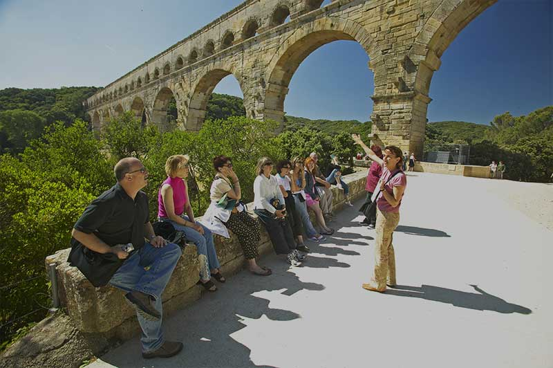 Tour Guide in Nimes, Frankreich